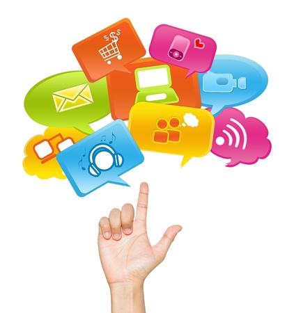 Social Media, Social Marketing of E-Commerce Concept Present Door Hand Met internet communicatie pictogram Boven isoleren op witte achtergrond Stockfoto