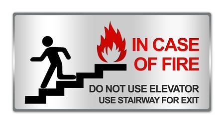 no correr: Rect�ngulo Silver Metallic Estilo Plate Para In Case Of Fire No utilice Ascensor Uso Escalera Para muestra de la salida aislada sobre fondo blanco