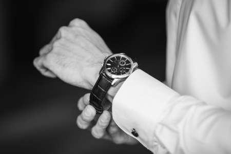 wrist cuffs: Black and white Watch the guys hand