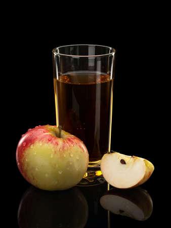 segment: Apple, segmento di una mela e succo in un bicchiere Archivio Fotografico