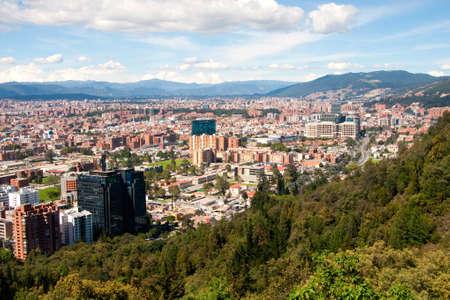 ボゴタ, コロンビアの首都の北の山から見たビュー 写真素材