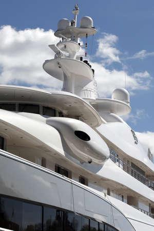 luxus: Stockholm, Schweden - 15. Mai 2013: Luxus Motor Yacht Editorial