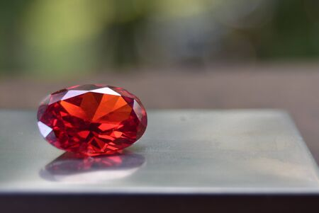Rubin Ist ein roter Edelstein Von Natur aus schön Für die Herstellung von teurem Schmuck