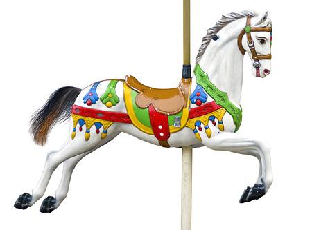 tallado en madera: Un antiguo carrusel caballo aislado en blanco