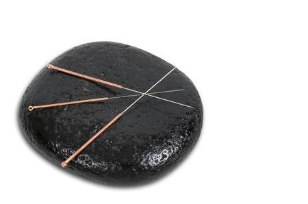 acupuntura china: varias agujas para acupuntura son adyacentes. la medicina tradicional china (medicina alternativa). Foto de archivo