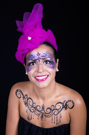 faceart: Beautiful woman with bright stylish make-up