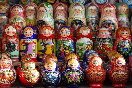 Traditional Russian nesting dolls - matroshka. Imagens