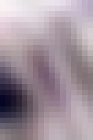 ベクトル抽象的な滑らかなモザイク正方形タイル中立的な藤色の背景、垂直形式。