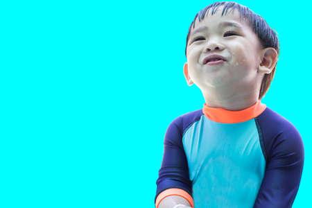 jongen glimlachend geïsoleerde achtergrond.