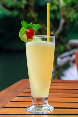amounts: pineapple shake or Pineapple Smoothie All the flavor without the calories fat and crazy amounts of sugar