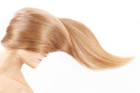 mujer rubia desnuda: La cabeza femenina cerrada por un pelo justo, aislado Foto de archivo