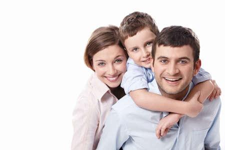 felicidad: Una familia feliz sobre fondo blanco