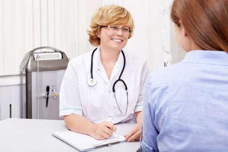 El paciente en el médico de s