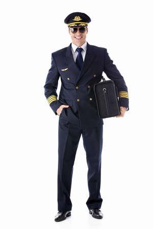 pilotos aviadores: El piloto de una maleta sobre un fondo blanco