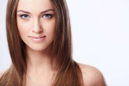 girls naked: Молодая красивая девушка на белом фоне Фото со стока