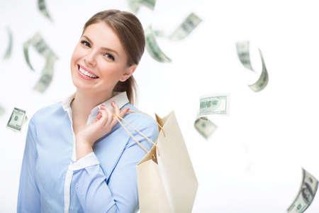 dinero volando: Chica joven con el dinero del vuelo