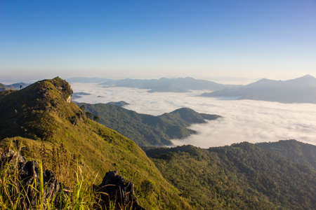 doi: Sea of mist at Doi Pha Tang, Chiangrai , Thailand