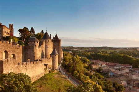 mediaval: Ciudad medieval fortificada de Carcassonne, Francia Foto de archivo