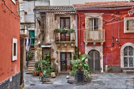 sicily: Houses in th old town of Syracuse, Sicily, Italy