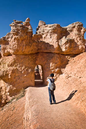 bryce: Child in Bryce canyon national park, Utah, USA
