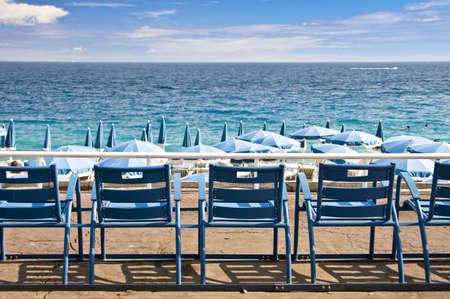 英語のプロムナード、ニース、フランスのビーチ 写真素材