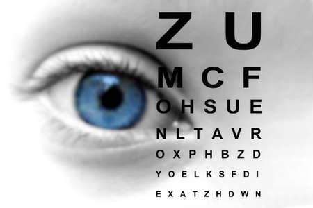 vision test: Primer plano de una carta de prueba del ojo y visi�n