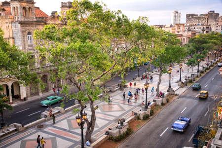 Vista aérea del Paseo del Prado, La Habana, Cuba Foto de archivo - 56812443