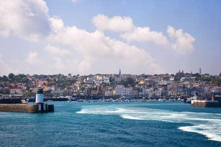 saint: Saint Peter port, Guernsey
