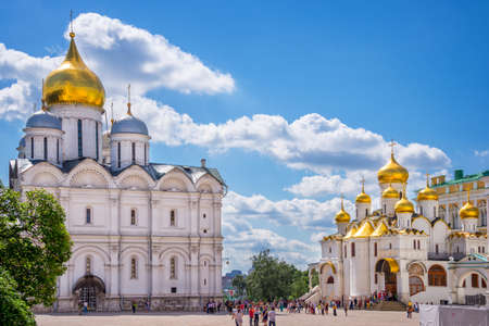 arden: Cathedral of the Archangel and Cathedral of the Annunciation on Cathedral square, Moscow Kremlin, Russia Stock Photo