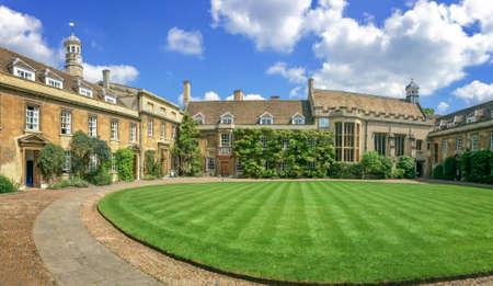 cambridgeshire: Fist court at Christs college university of Cambridge, in Cambridge, UK