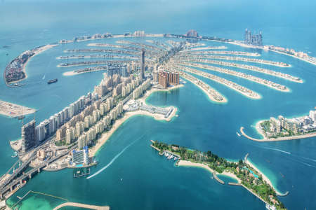Vista aérea de la isla de Dubai Palm Jumeirah, Emiratos Árabes Unidos Foto de archivo