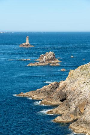 The atlantic ocean at the Pointe du Raz in Cap Sizun, in Finistère, Britanny, France Stock Photo