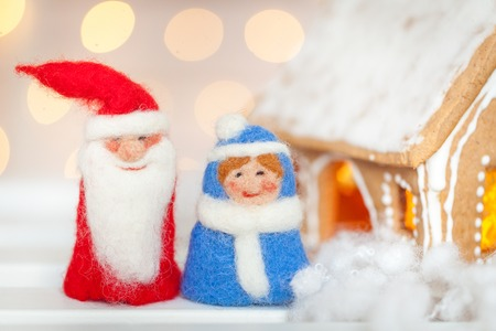 christmas house: Felt christmas toys and homemade gingerbread house