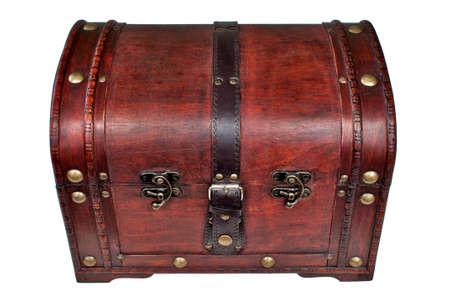 Hölzerne Schatzkiste, verschlossen mit goldenen Nieten  Wooden treasure chest, locked, with gold studs Stock Photo