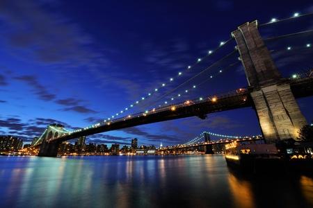 Brooklyn bridge at night  免版税图像