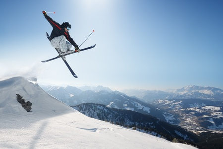high jump: Jumping skier