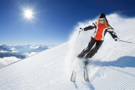 skieer: Meisje  Vrouw  Vrouw Op de Ski