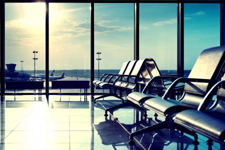 gente aeropuerto: banco de la sala de Mosc� Foto de archivo
