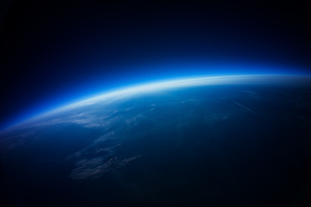 horizon: Near Space photography - 20km above ground   real photo