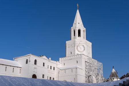 The Kremlin is a popular tourist attraction in Kazan, Tatarstan Republic. Imagens