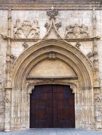 monumental: Beautiful monumental gate. Burgos , Spain.