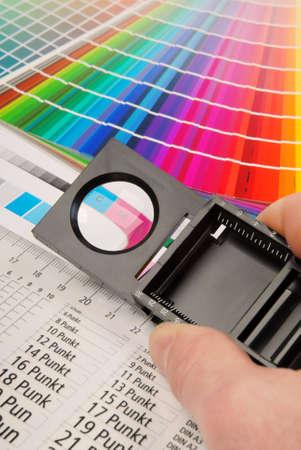 Fadenzähler, Charakteristik Bild für die Prepress-und Druckindustrie.