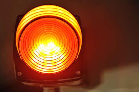 telltale: red glowing signal light