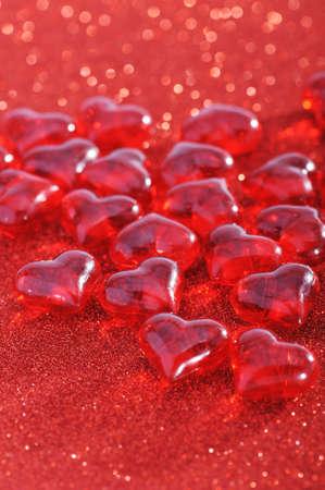 agradecimiento: Vidrio Corazones rojos en el fondo de la chispa roja
