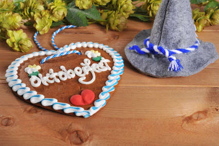 regards: Regards from the Oktoberfest - original bavarian gingerbread heart with Oktoberfesthat from Germany