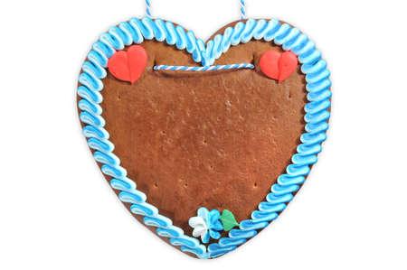 未標記的原巴伐利亞薑餅心臟來自德國在白色背景 版權商用圖片