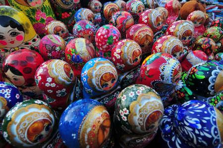 red square moscow: Matryoshka Mu�ecas rusas en venta en la Plaza Roja, Mosc�