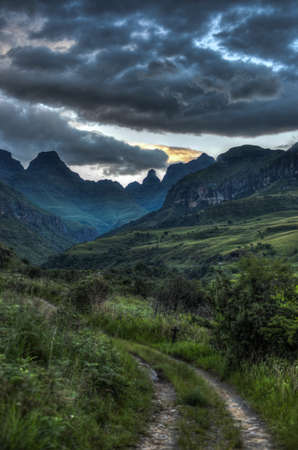 game reserve: Dramatic view of the hills of the Drakensberg Range in the Giants Castle Game Reserve, KwaZulu-Natal, South Africa