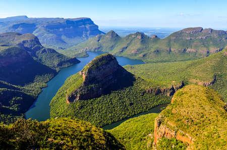 Blyde River Canyon in Mpumalanga, South Africa  The Blyde River Canyon is the third largest canyon worldwide Standard-Bild