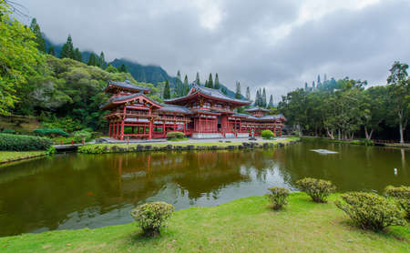 valley of the temples: Beautiful Byodo-In Temple with the Koolau mountains in the Valley of the Temples on Oahu, Hawaii